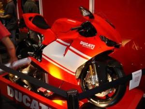 shinymen-Ducati-Desmosedici-RR