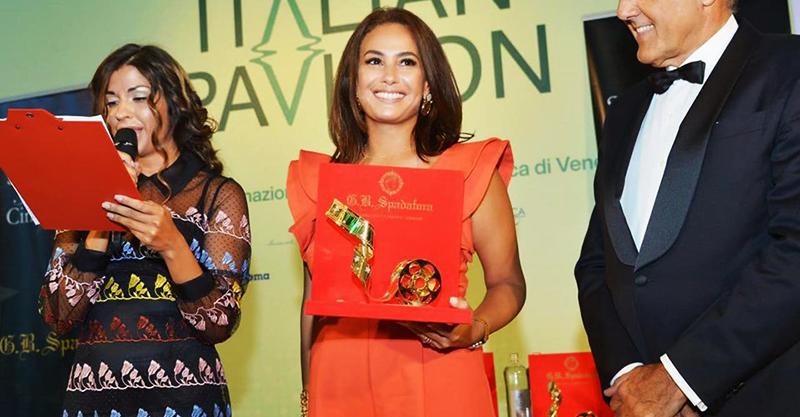 Hend Sabry, 1ère femme arabe à recevoir le Starlight Cinema Award